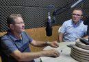 Presidente Ruimar concede entrevista a Rádio Comunidade FM e homenageia os professores.